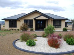 4 Jim Bacon Court, Brighton, Tas 7030