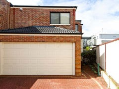 2/34 Pollard Street, Glendalough, WA 6016