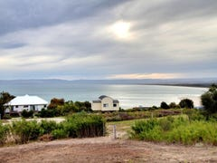 30 Oyster Bay Court, Coles Bay, Tas 7215