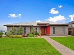 18 Quail Crescent, Highfields, Qld 4352