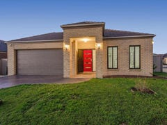 2 Durrol Way, Caroline Springs, Vic 3023