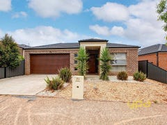 73 Lakewood Boulevard, Melton, Vic 3337