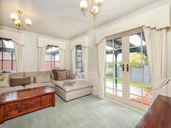 12 Beresford Crescent, Gladstone Park, Vic 3043
