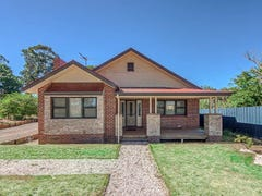 13 Victoria Road, Kinglake, Vic 3763