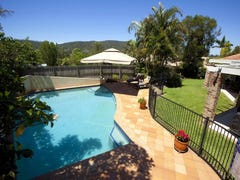 9 Weemala St, The Gap, Qld 4061