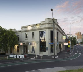 The Castle Hotel, 56 Courtney Street, North Melbourne, Vic 3051