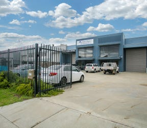 Unit 1 & 2, 16 Tacoma Circuit, Canning Vale, WA 6155