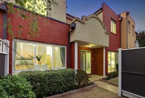 3/18 Tulloch Grove, Glen Waverley, Vic 3150