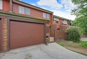 39 Rowe Place, Phillip, ACT 2606