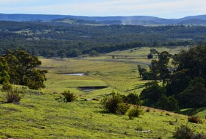 Cnr Redhills Road & Hume Highway, Marulan, NSW 2579