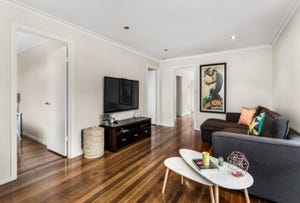 2/67 Roberts Road, Airport West, Vic 3042