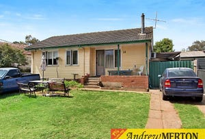 11 Leyte Avenue, Lethbridge Park, NSW 2770