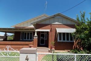 4 Metcalfe Street, Parkes, NSW 2870