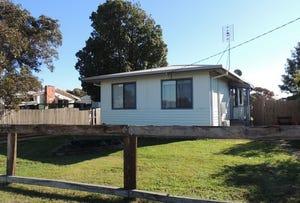 8 Lauer Crescent, Nyah West, Vic 3595