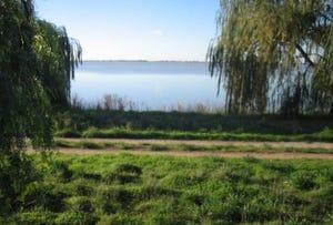 Kangaroo Lake, address available on request