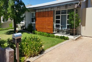 19 Railway Terrace, Renmark South, SA 5341