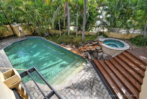 5810 Bayview Walk, Sanctuary Cove, Qld 4212