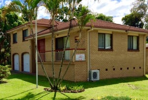 29 Ballow Street, Amity Point, Qld 4183