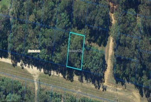 77 GLENDALE RD, Russell Island, Qld 4184