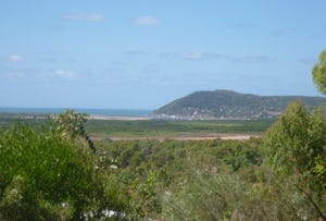 24 Harry Heathsclose, Cooktown, Qld 4895