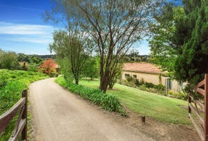 2 Paringa Road, Red Hill, Vic 3937