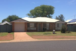 8  Shannon Court, Oakey, Qld 4401