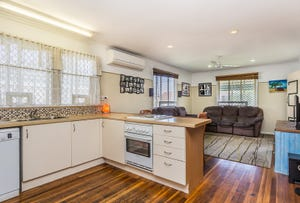 54 SCARBOROUGH RD, Redcliffe, Qld 4020