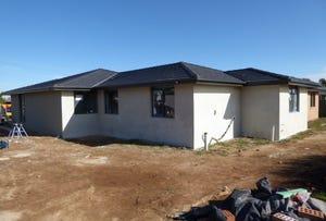 52 Gourock Avenue, Goulburn, NSW 2580