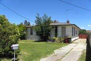 32 FITZROY AVENUE, Cowra, NSW 2794
