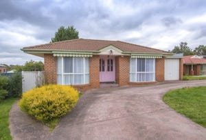 1a Bellbird Court, Mount Helen, Vic 3350