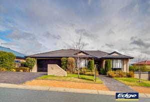 10 Galbraith Close, Banks, ACT 2906