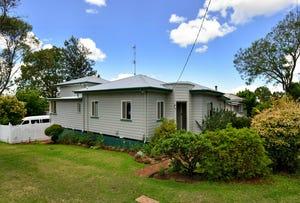 68 Phillip Street, South Toowoomba, Qld 4350