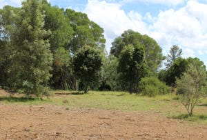 5 Calvert Road, East Nanango, Qld 4615