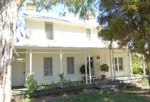 98 Russell Street, Deniliquin, NSW 2710