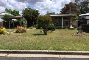 14 Newcombe Street, Cowra, NSW 2794