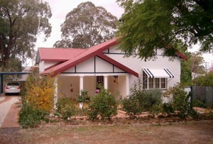 37 East Street, Parkes, NSW 2870