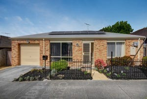 1/2 Cecil Court, Newcomb, Vic 3219