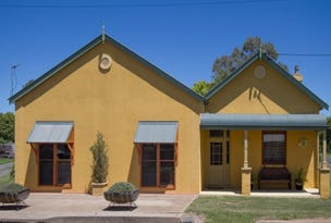 18 Seaton Street, Spring Hill, NSW 2800