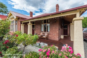 15 Tower Road, New Town, Tas 7008