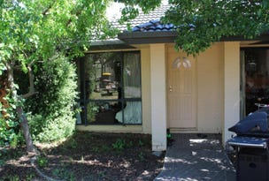 7 Dines Place, Bruce, ACT 2617