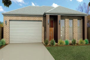 Lot 806 Yellow Robin Circuit, Cranbourne East, Vic 3977