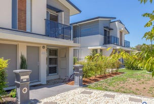 49 Cazneaux Crescent, Weston, ACT 2611