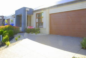 8 Mountainview Boulevard, Cranbourne North, Vic 3977
