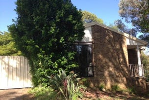 8 LILLYVICKS CRESCENT, Ambarvale, NSW 2560