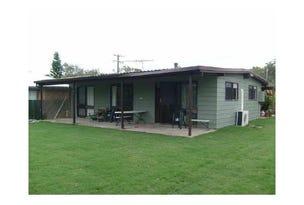 32 Bayside Drive, Beachmere, Qld 4510