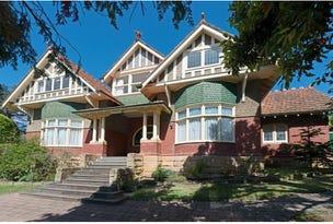 1 Cedar Court, Sandy Bay, Tas 7005
