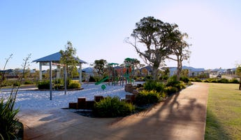off The Broadway, The Vines, WA 6069