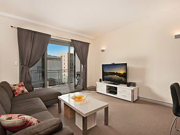 17/148 Adelaide Terrace, East Perth, WA 6004