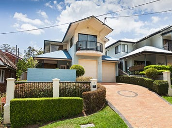 18 Townley St, St Lucia, Qld 4067