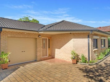 2/8 Pendle Way, Pendle Hill, NSW 2145